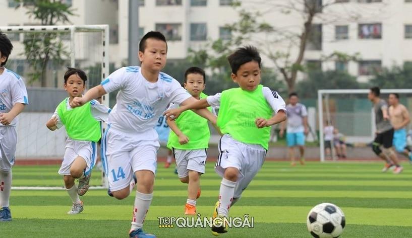 Top 5 sân bóng Quảng Ngãi chất lượng cánh mày râu nên biết