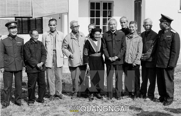 Thu tuong Pham Van Dong 12